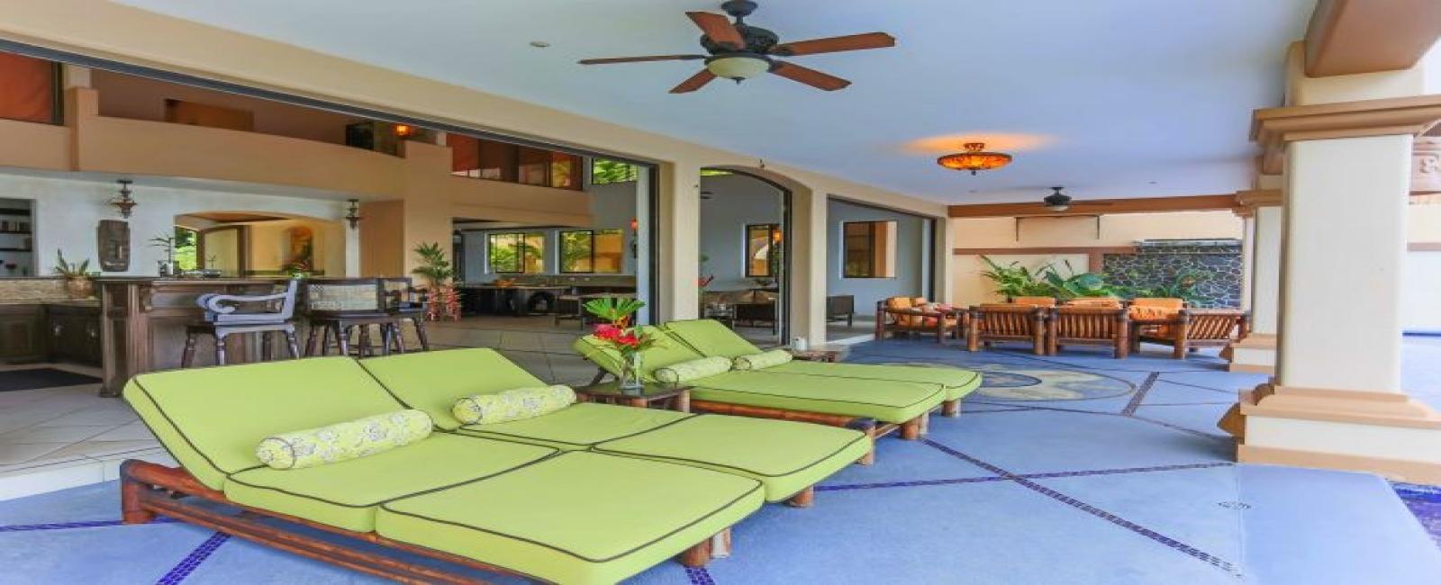 2107 Balme Plaza, Vicoli, Hawaii, 10 Bedrooms Bedrooms, 3 Rooms Rooms,11 BathroomsBathrooms,H2O,For Sale,1002